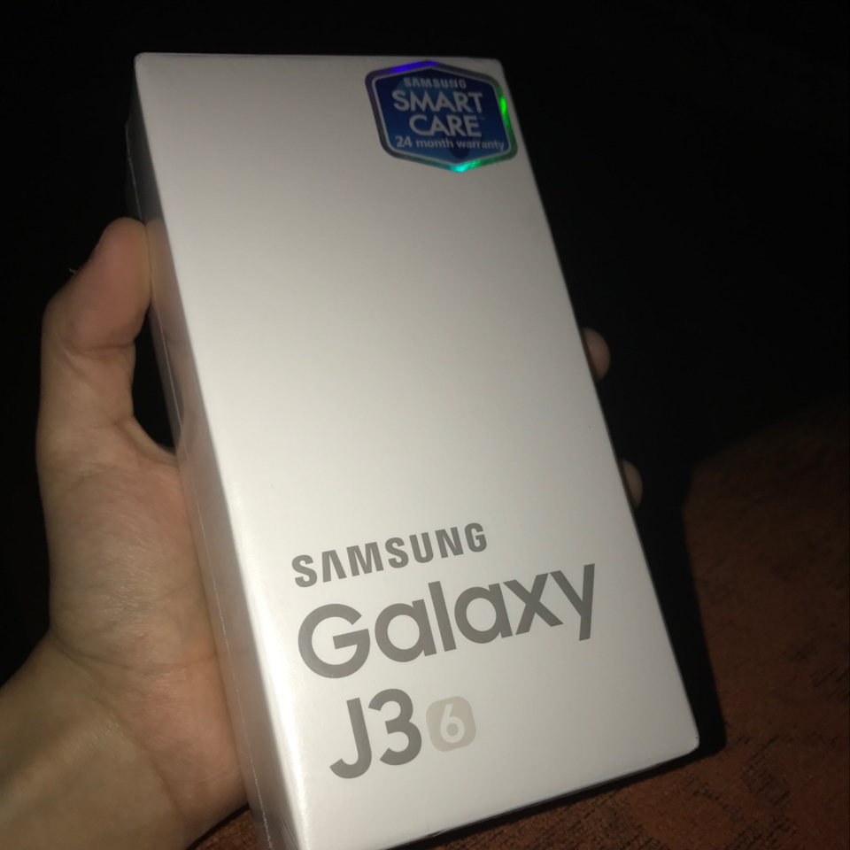 New Sumsung J3 2016, 8GB, 4G, Gold,