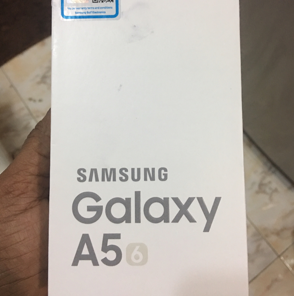 Samsung A5 6 Pack Unit Sealed Unwanted Gift Made In Vietnam