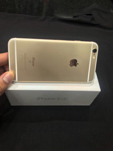 I phone 6s 64 gb gold colour