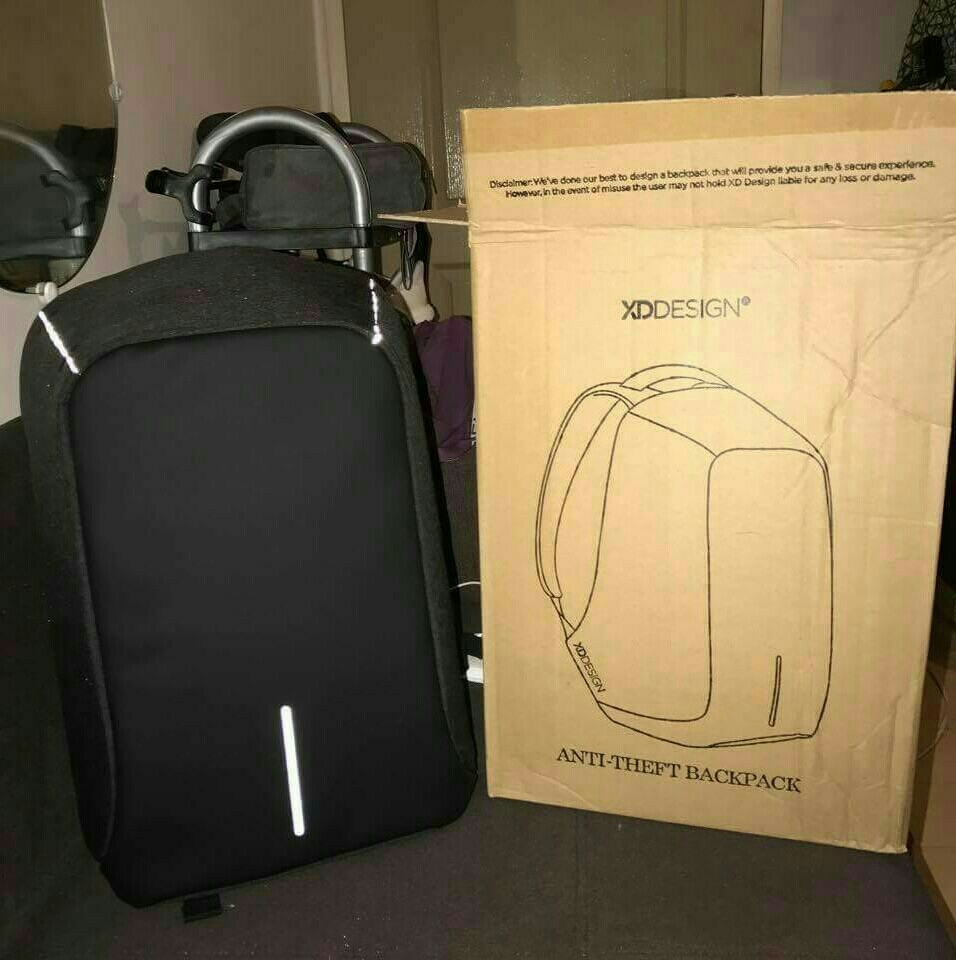 New Unused Smart Genius Bag Pack With Usb Charging/waterproof/10+compartment/fits Any Size Laptop