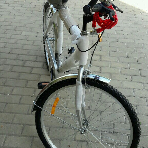 Brand New bicycle  Aluminum Fram In Orignal Packing With Lock Water Battle And Bell For Sale