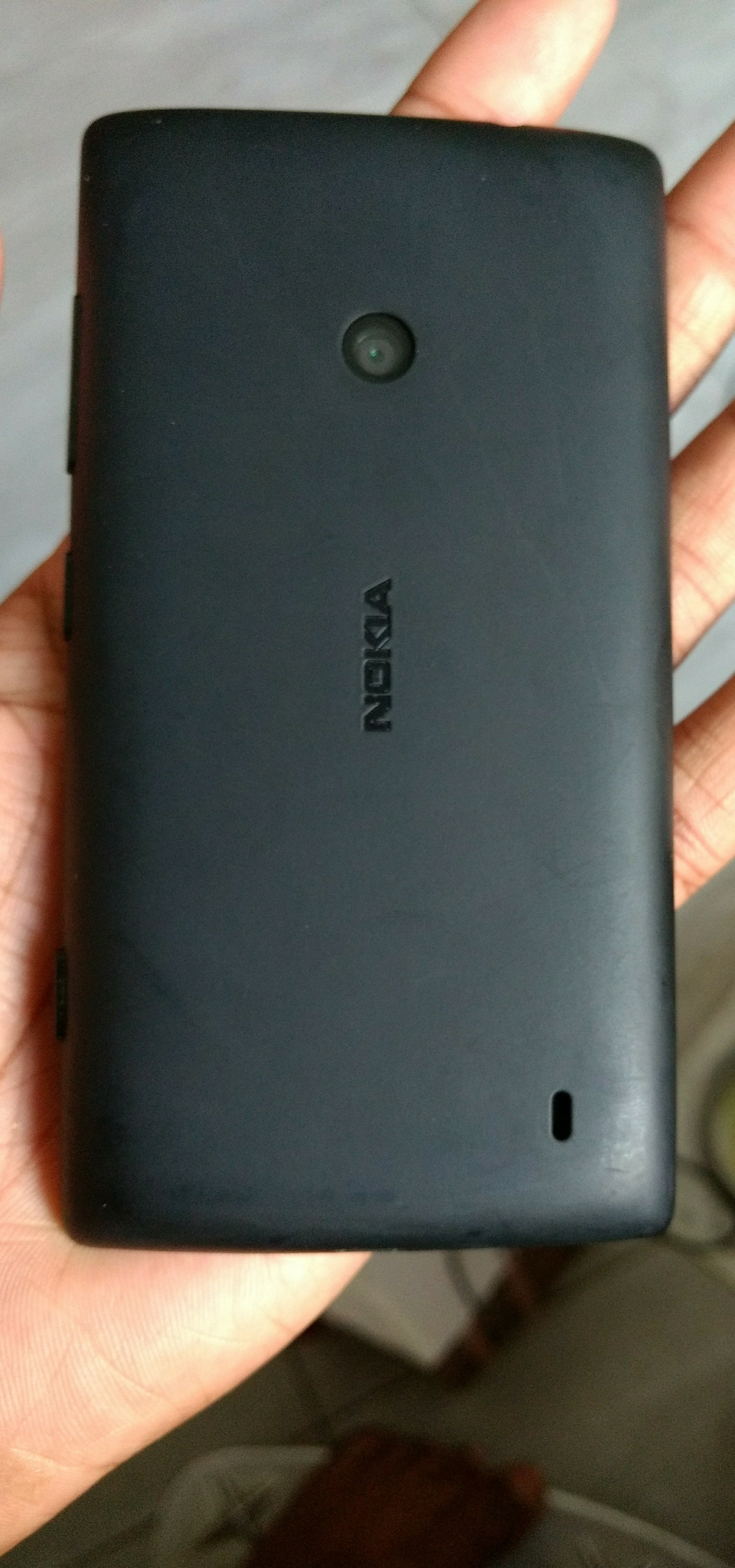 Nokia Lumia 520 , Comes without box but with all accessories.