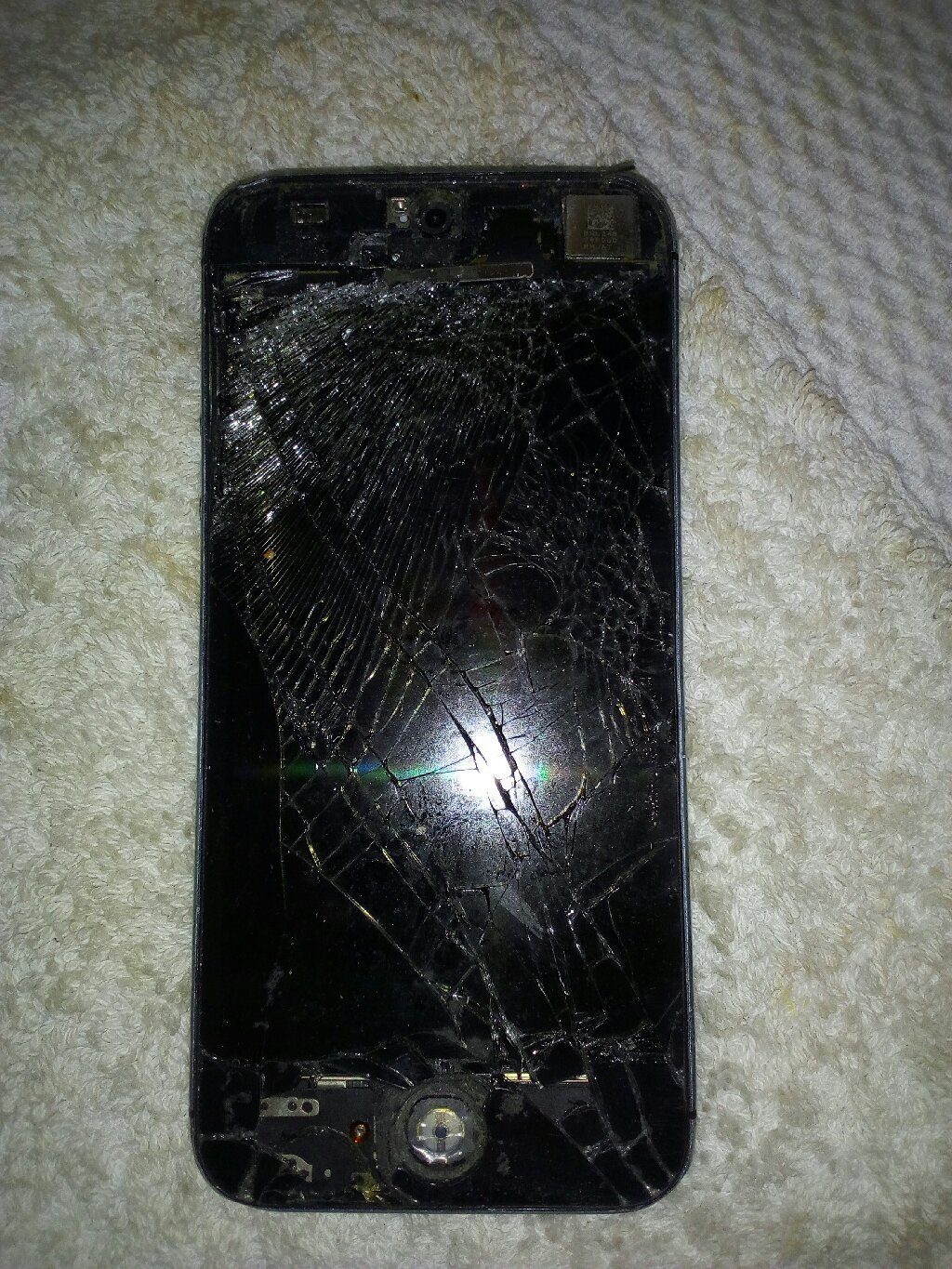 Im selling iPhone 5s no working