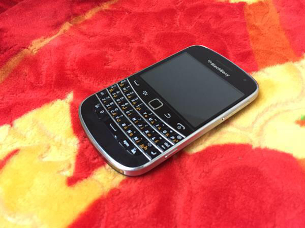 70AED Discount Today Blackberry 9900 Used