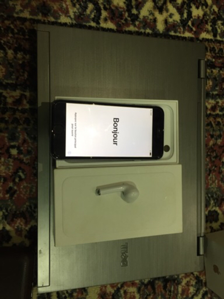 Selling iphone 6 16GB for cheap