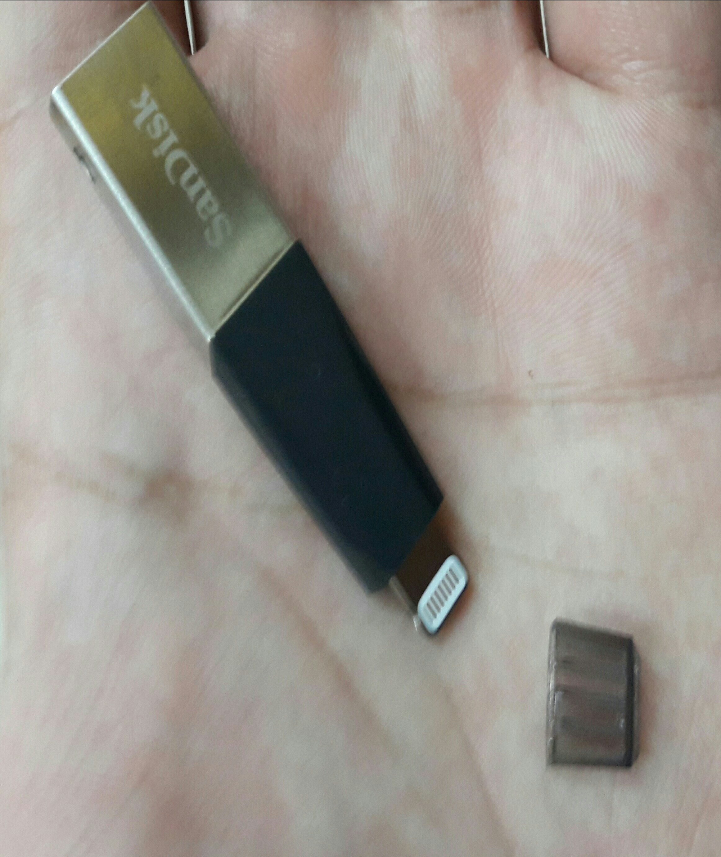 Sandisk Ixpand 16gb Iphone Flash drive