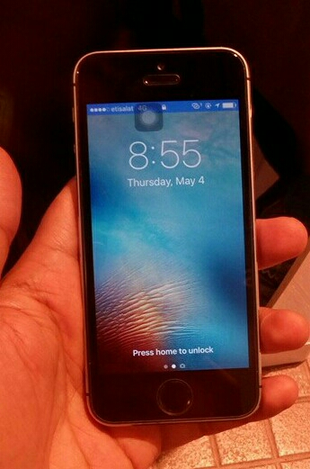 Iphone 5s 32Gb  Clean Hand Sat And Clear Body