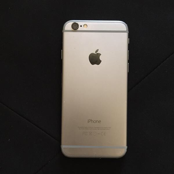 Iphone 6 16gb (Good Condition With Original Brand New Headphones, USB Cable, And Wall Charger)