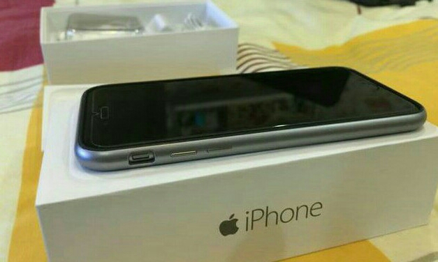 New Iphone 6 # Not Opened # still In Packing # 64 Gb # Gold / Space Grey # With all Accessories #