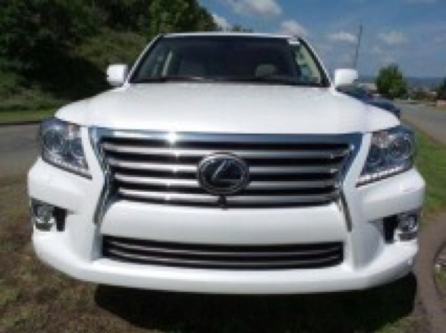 Lexus LX570 2015 In Good Condition With No Accident Record, No Mechanical Problem With Low Kilometers.      Contact Me By Whatsapp: +32465279574