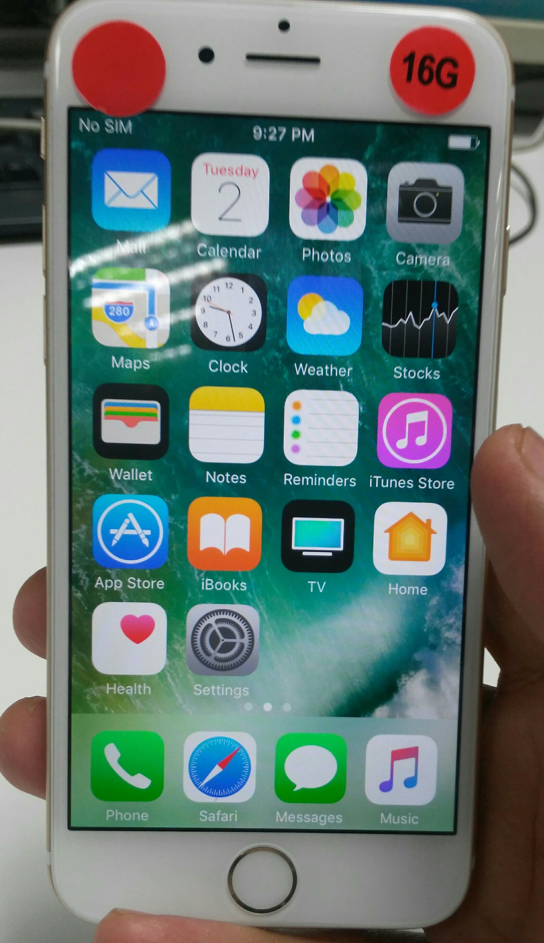 Iphone 6 Gb Orginal Look Like New Only Mobile No Accossories