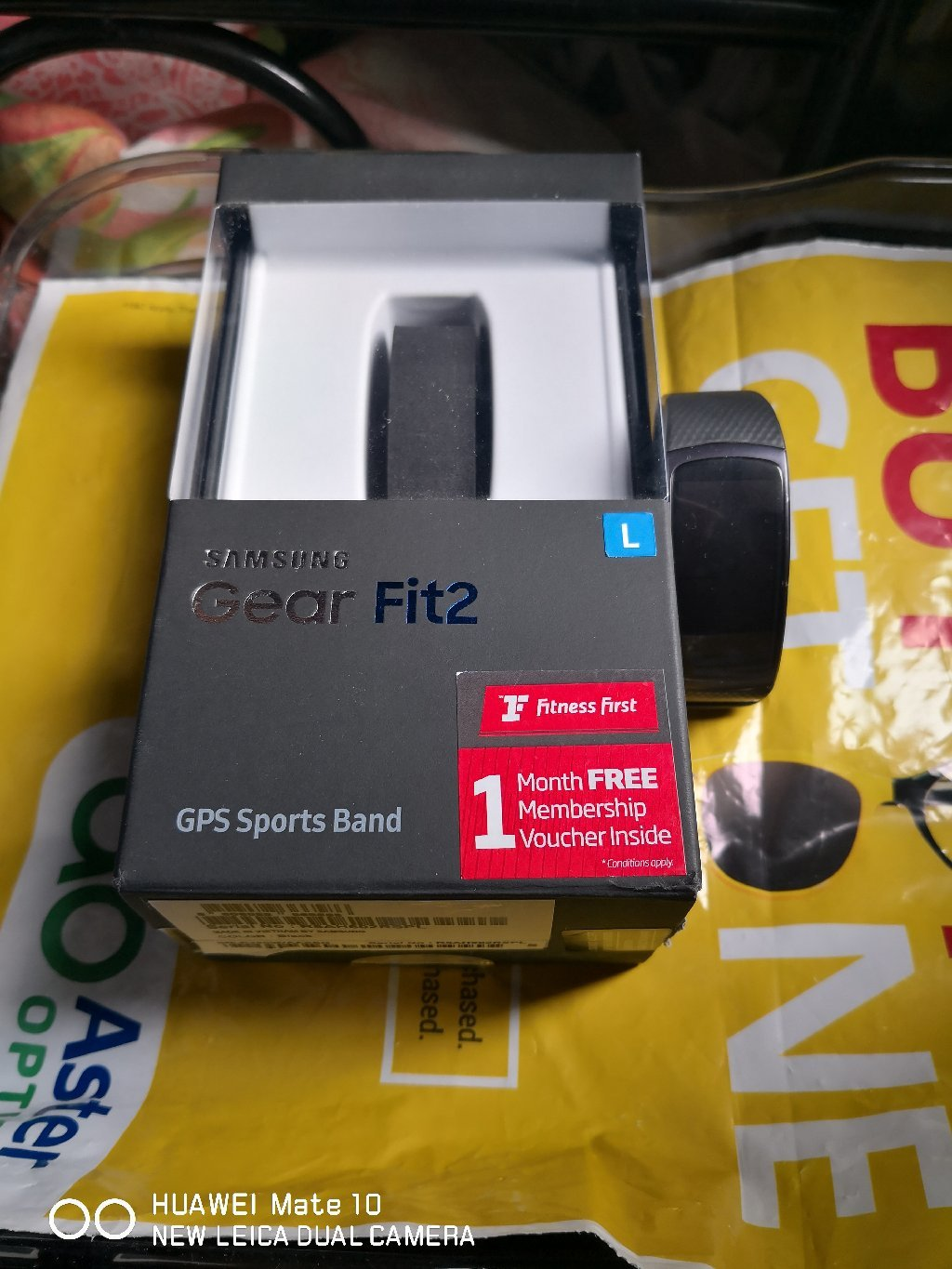 Samsung Gear Fit 2. With Box. Used