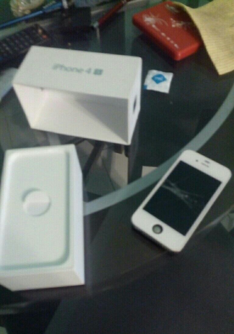 iPhone 4S 64GB (As Is)