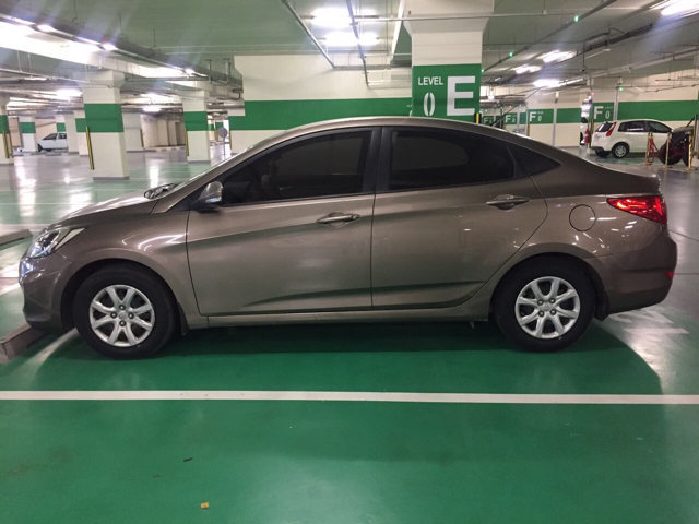HYUNDAI ACCENT 2013 - 89,000km. New Tires And recently Re-registered. Not Under Loan - Ready To Sell