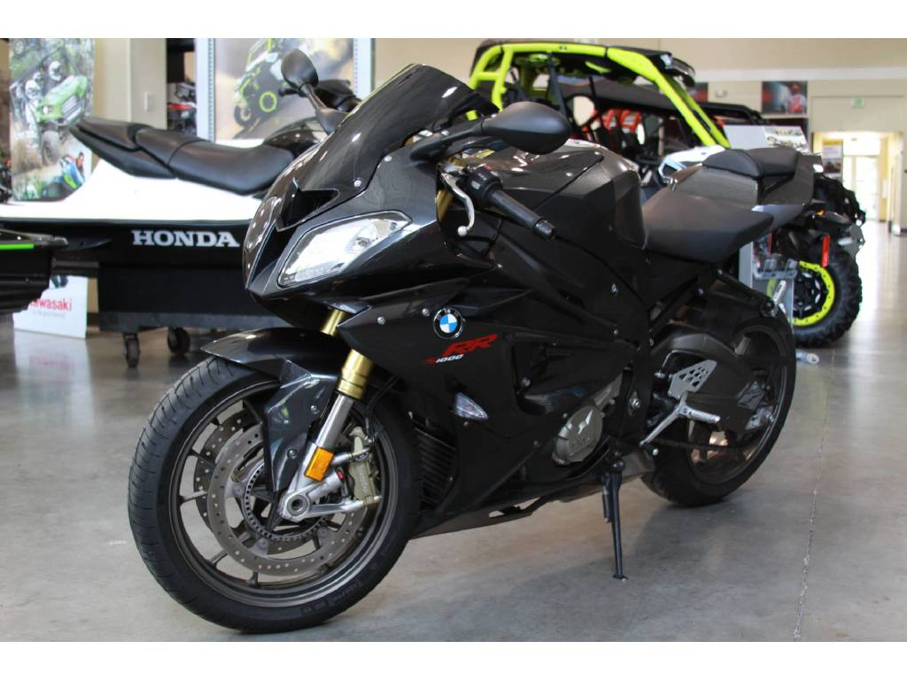 2010 BMW S 1000 RR for sale with low miles...WhatsApp Via........+971557735170