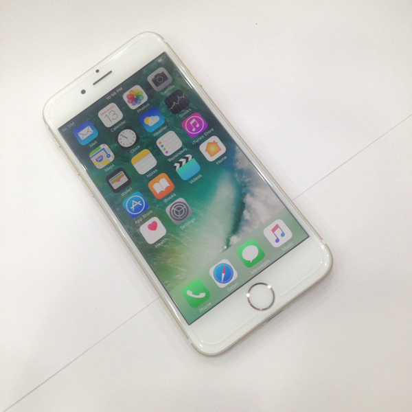 iPhone 6 Gold 64GB (used)