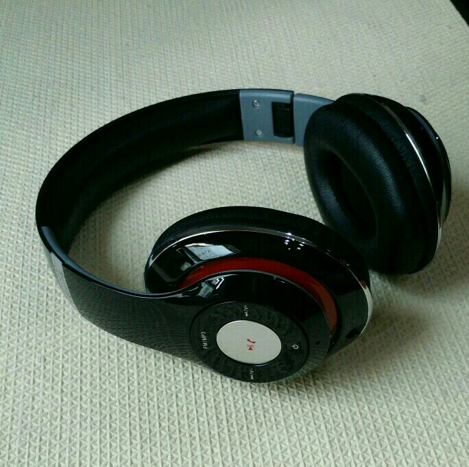 Bluetooth Stereo Headset With Mp3 Player Aux And Call Receiv8ng Delivery Free