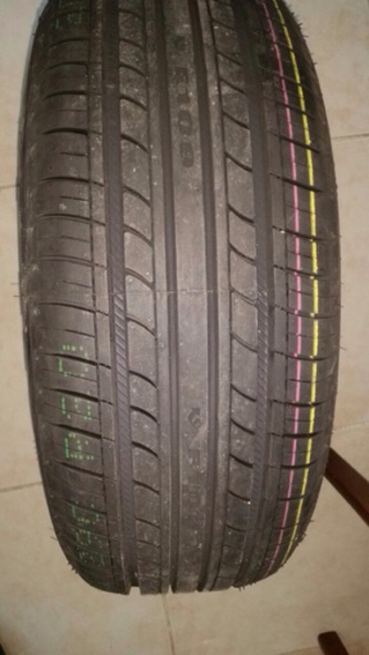 Pearly Star Sport 4 TYRES. 205/60R/15