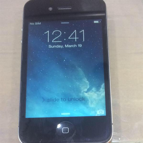 I Phone 4 16 Gb Good Working Condition