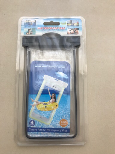 Waterproof carry case Touch screen works