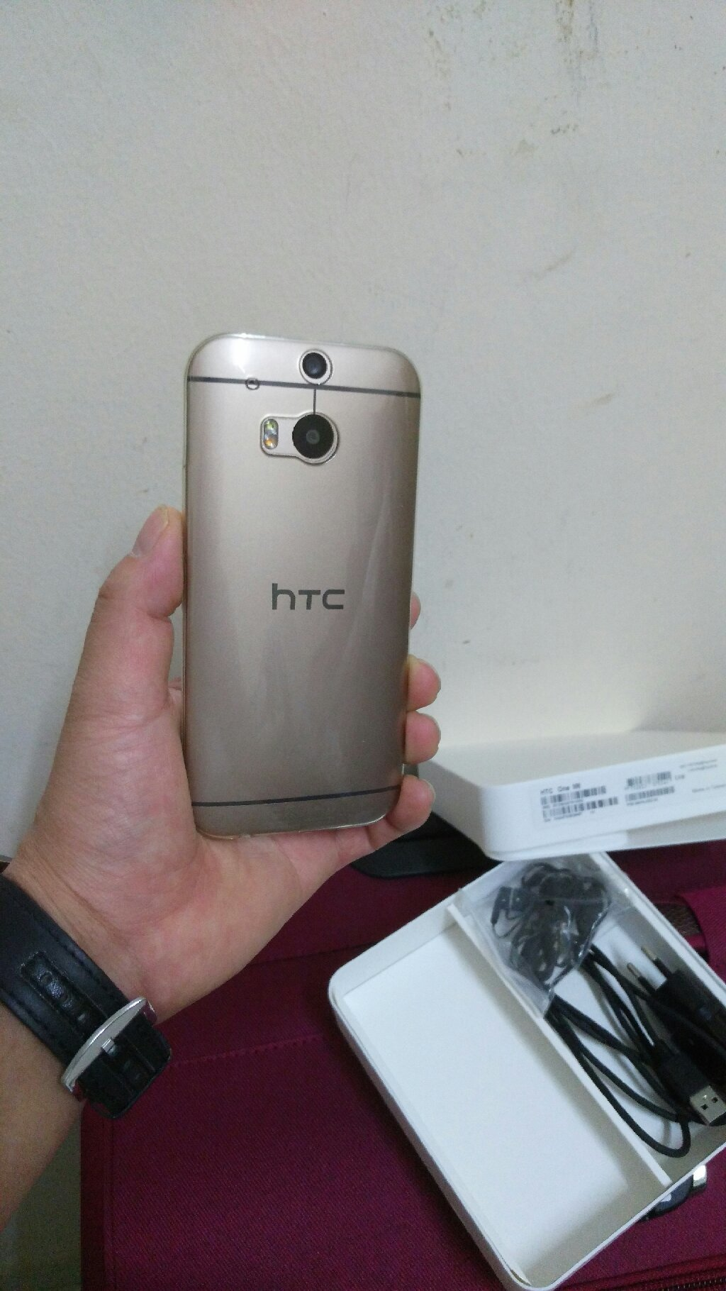 HTC M8 One 32 GB 2 GB Ram 4G With Box🎁