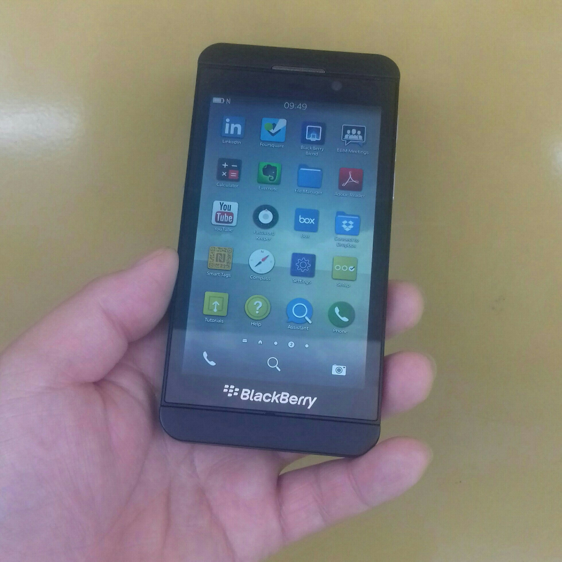 Blackberry Z10 Used Mobile & Charger Only. 2 GB Ram, 16 GB Memory.