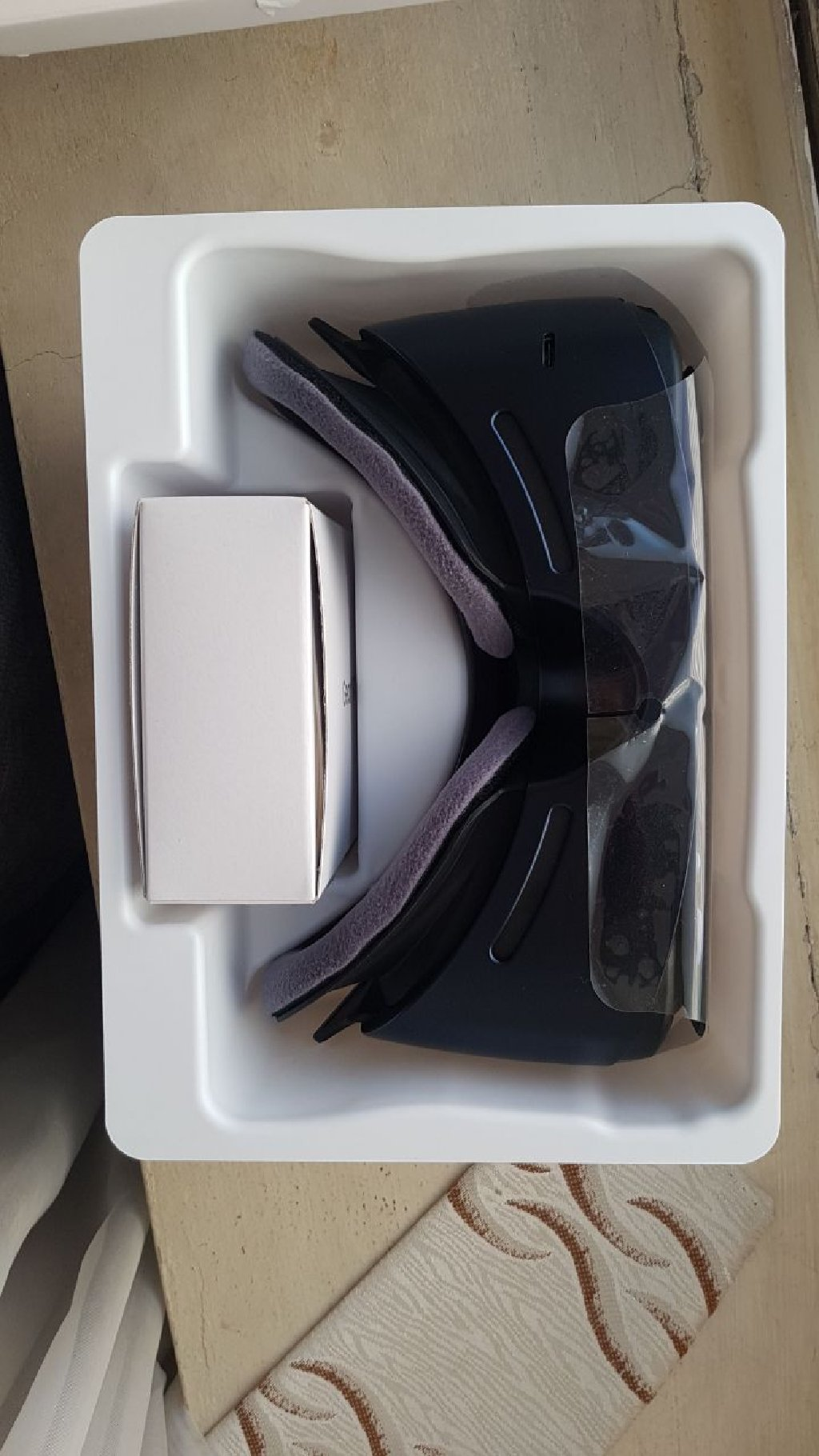 Gear VR for sale.... AFFORDABLE RATE!!