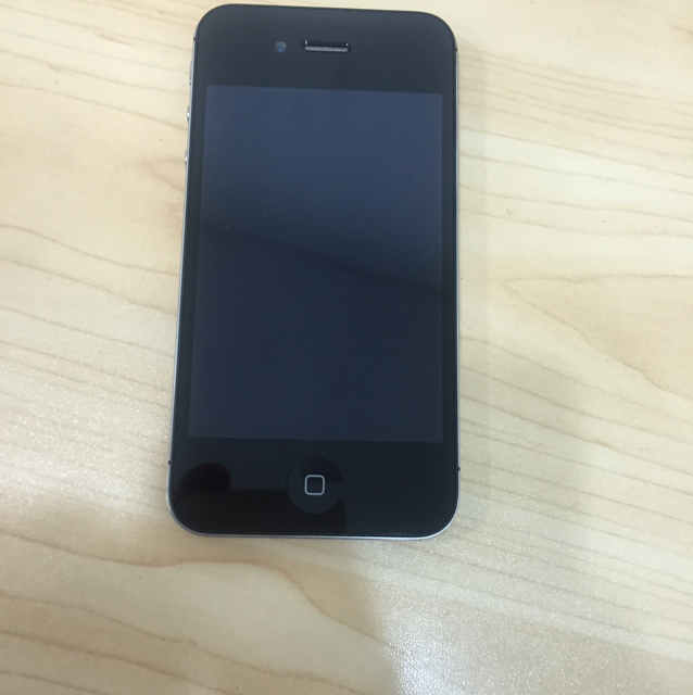 Apple iPhone 4S 16GB Black Color