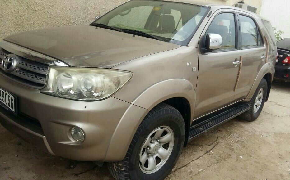 Toyota Fortuner 2009 Model It Wass Taken From Al Futtaim No Accident Call Of Interested