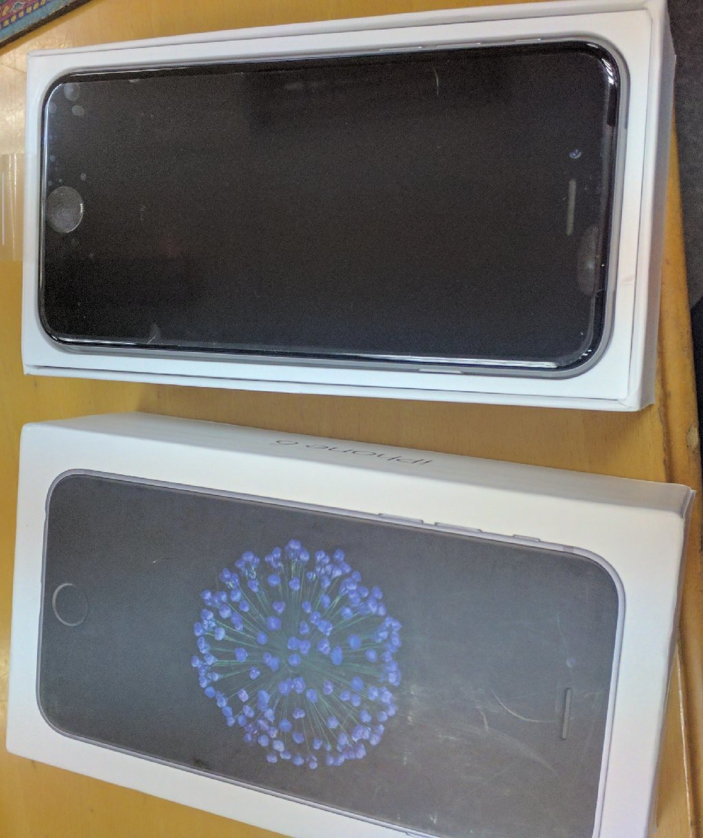 iPhone 6 16GB Factory Unlocked space gre