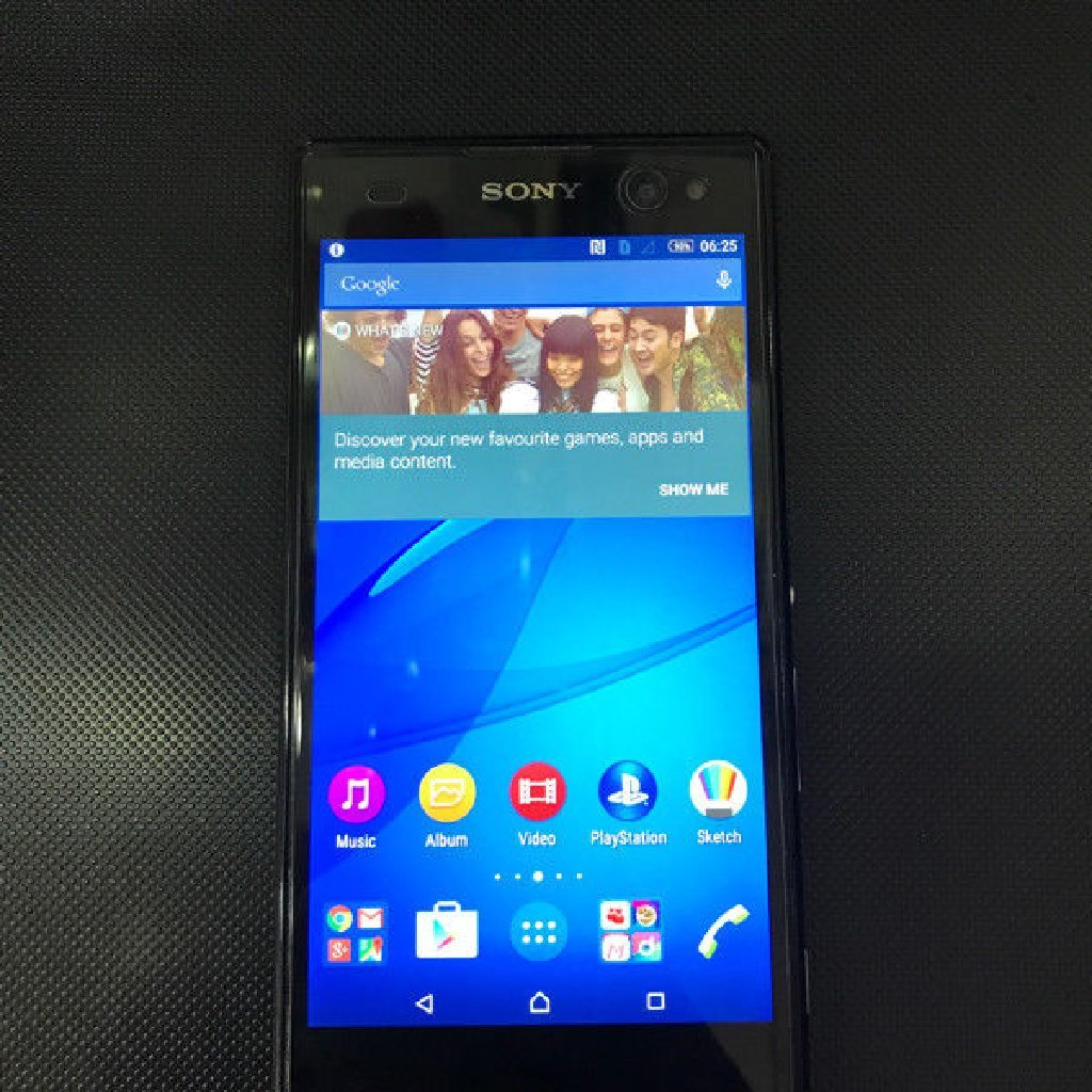Sony C3 front camera with flash