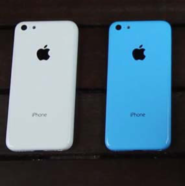 Im Selling My iPhone 5c Blue 32Gb Facetime White 16 Gb Facetime