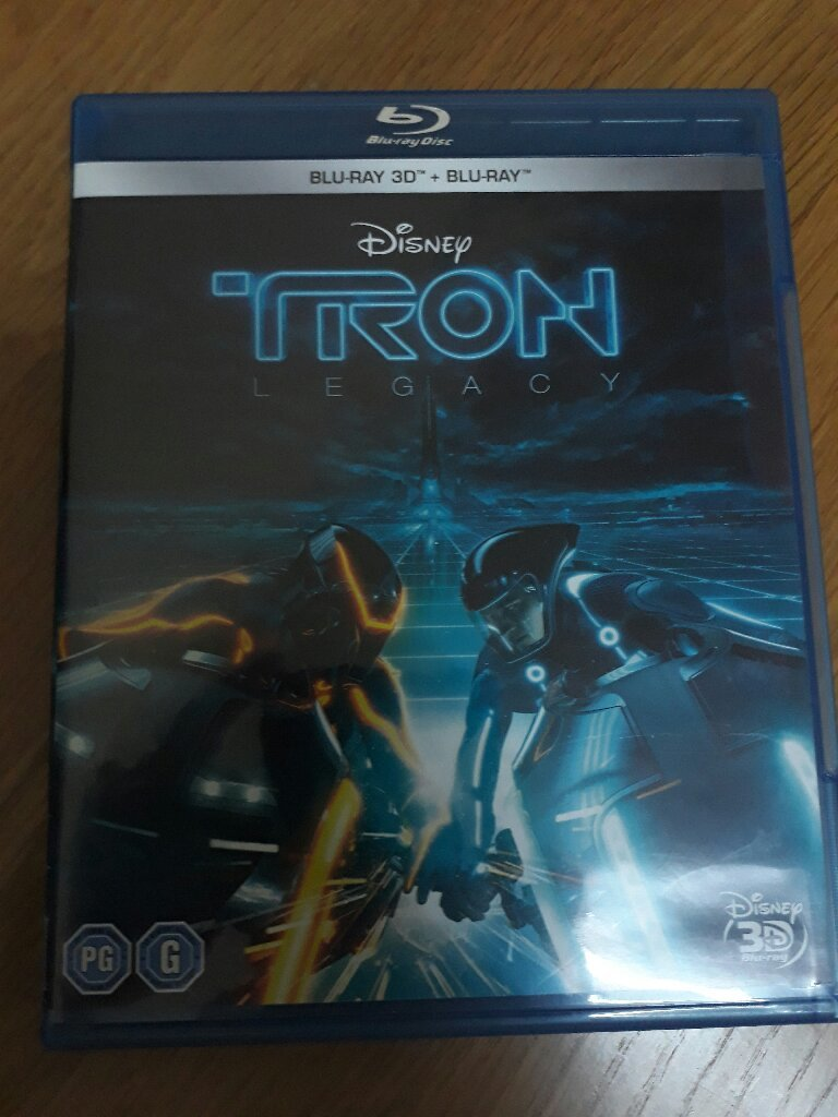 BLU-RAY DISNEP TRON LEGACY MOVIE
