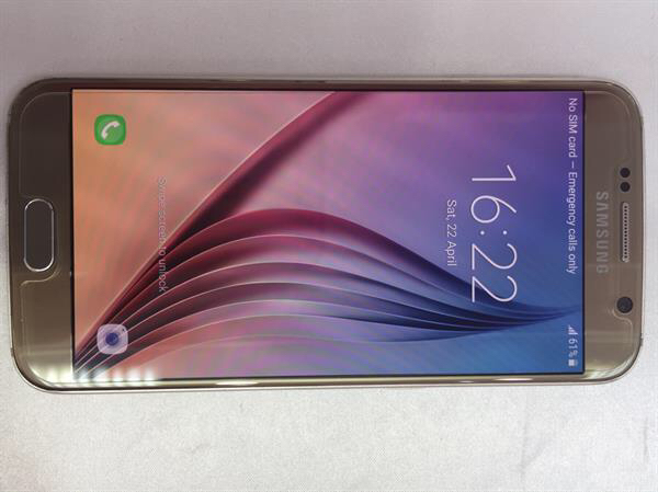samsung galaxy S6 32gb Gold, very less usage, clean