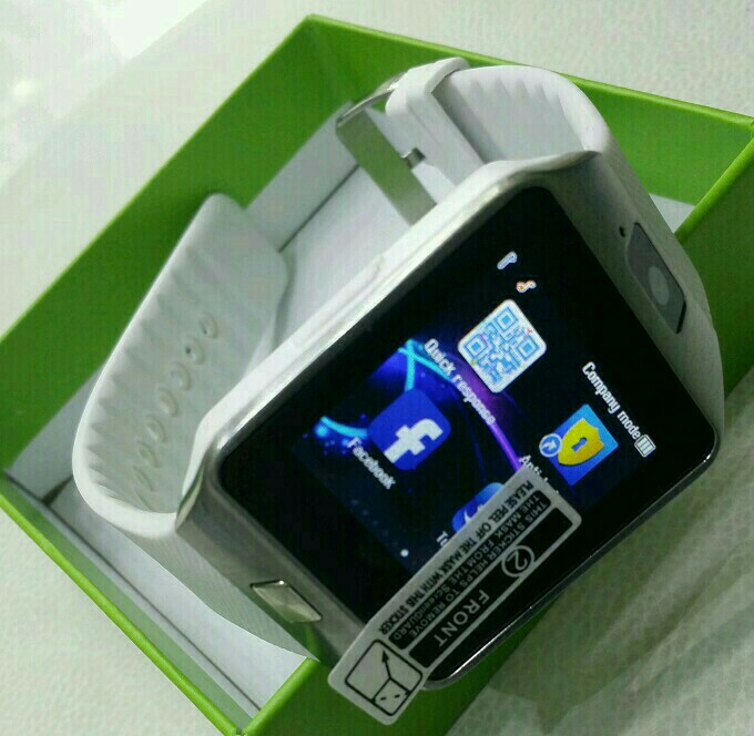 Smart Watch With Sim And Memlry Card Option Box Pack Piece