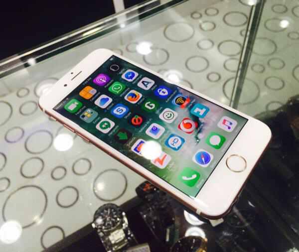 iPhone 6S 128GB Rose Gold Used