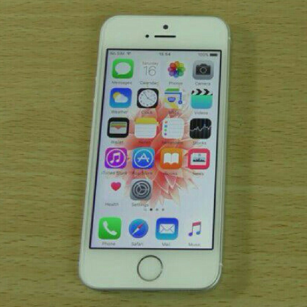iPhone SE Silver 16GB!!!!!!