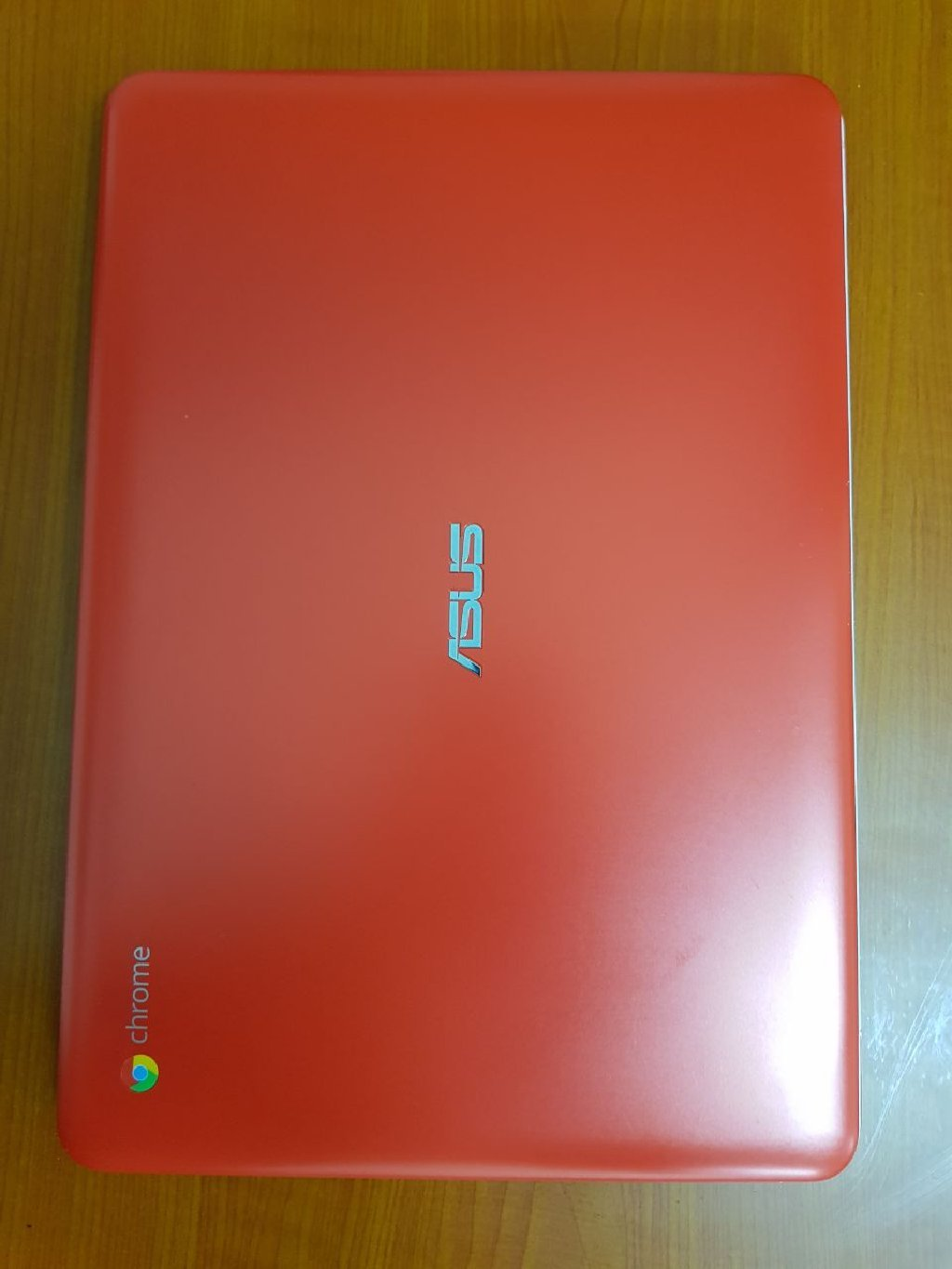 Asus Chromebook Limited Edition, Orange