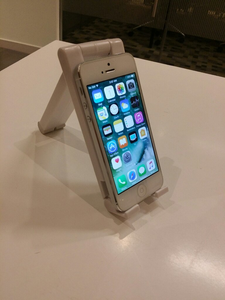 IPhone 5 Original 16 GB With Accesory