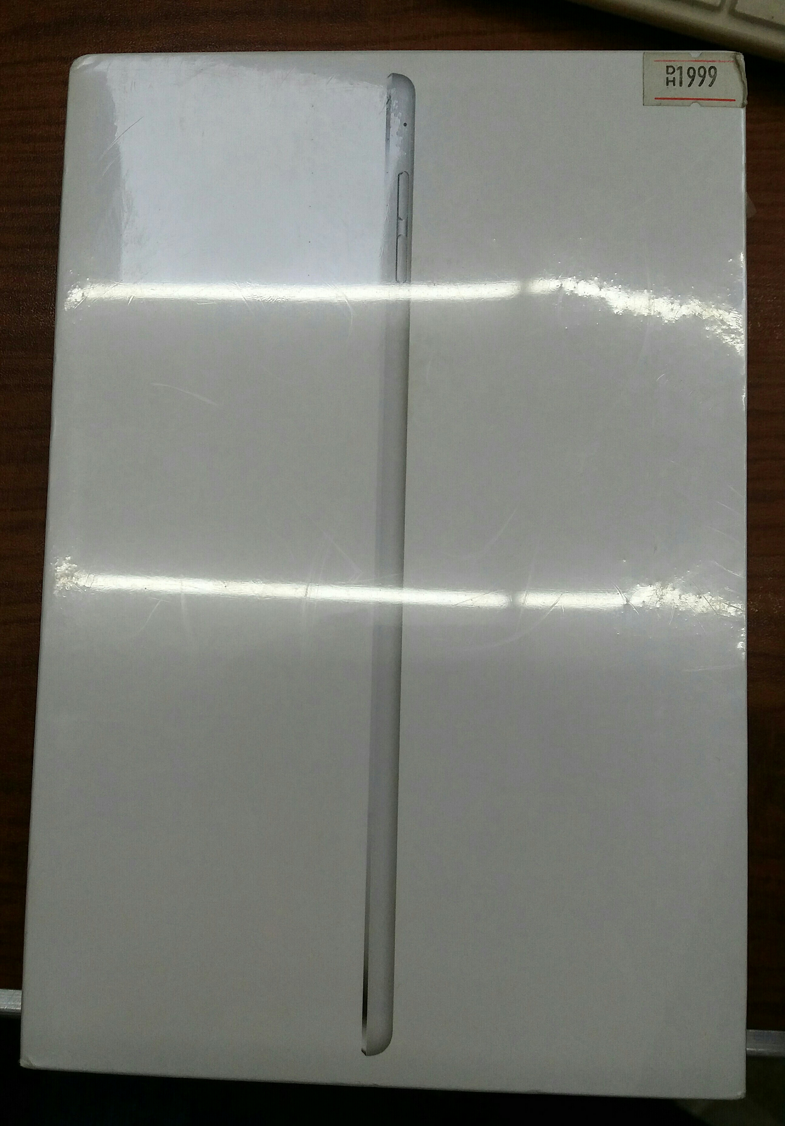 OFFER!!BRANDNEW IPAD MINI 4 16GB/SILVER WIFI AND CELL