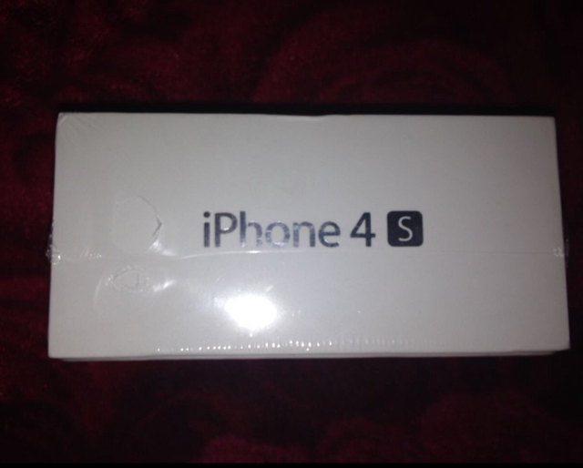 Sealed Pack Iphone 4s