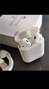 Used AIRPODS 2 SATURDAY DEAL HURRY✅✅ in Dubai, UAE