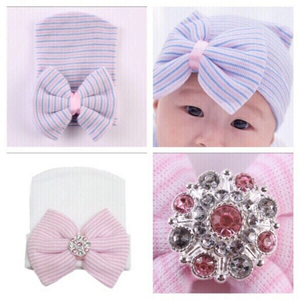 Used baby hats 2 pcs new in Dubai, UAE