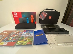 Used Nintendo Switch with games & accesories in Dubai, UAE