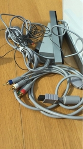 Used Nintendo Wii Power and HDMI Cable in Dubai, UAE