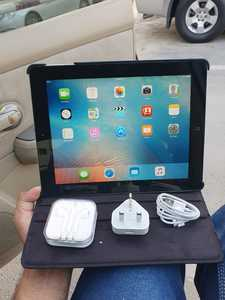 Used Apple IPad 2 with  facetime Wi-Fi 16GB in Dubai, UAE