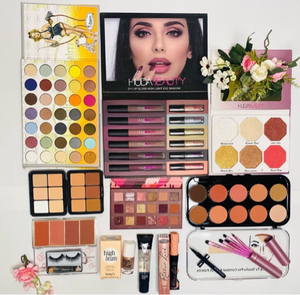 Used 13✅MakeUp ✅Products✅🌺🌺🌺🌺🌺 in Dubai, UAE
