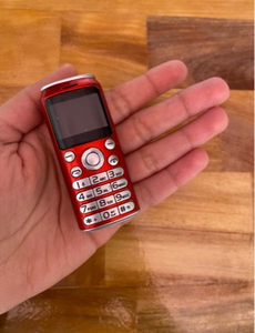 Used جوال صغير جداً (mini phone )+مسكة جوال  in Dubai, UAE