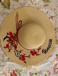 Used Straw hat with embroidery Venice, Italy. in Dubai, UAE