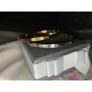 Used 2ps cartier bracelets + silver ring in Dubai, UAE